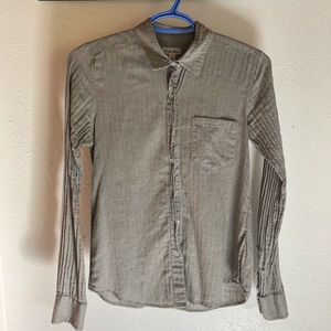 Steven Alan gray chambray button-up EUC